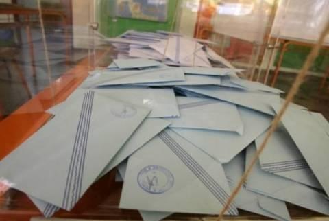 Εκλογές 2014 - Καλάβρυτα: Δεν φαντάζεστε τι βρέθηκε μέσα στο ψηφοδέλτιο!