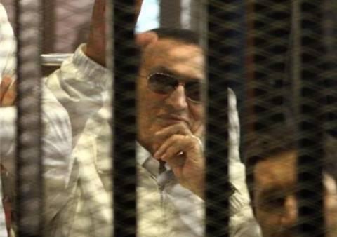 Καταδίκη Χόσνι Μουμπάρακ σε τριετή φυλάκιση
