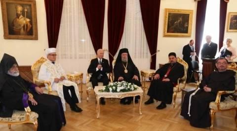 Μπάιντεν σε Αρχιεπίσκοπο Κύπρου: Θα βοηθήσω στο Κυπριακό