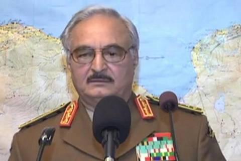 Λιβύη: Απόστρατος στρατηγός ελέγχει το μεγαλύτερο μέρος της χώρας