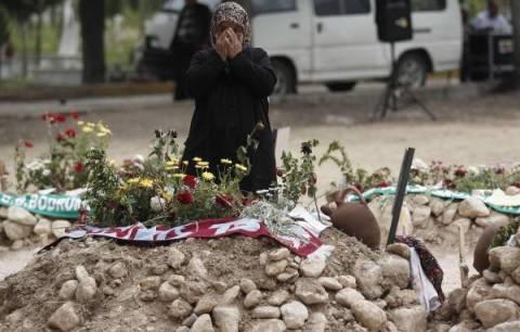 Τουρκία: Η τραγωδία στο ορυχείο άφησε πίσω της 432 ορφανά…