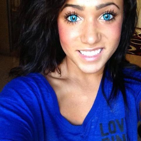 Είδε στο διαδίκτυο ερωτικό της βίντεο και αυτοκτόνησε! (βίντεο)