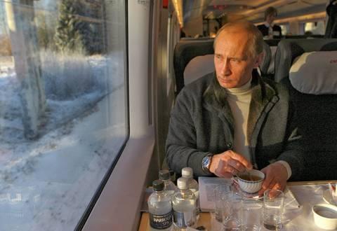 Ανήσυχος ο Πούτιν για τις προμήθειες του φυσικού αερίου