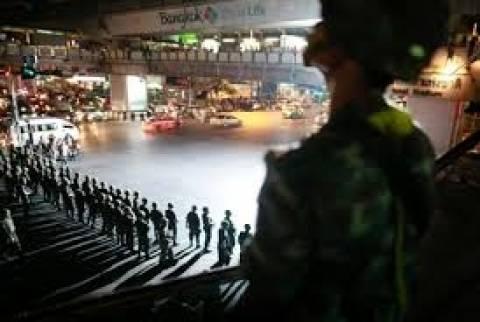 Η στρατιωτική χούντα διέλυσε τη Γερουσία στην Ταϊλάνδη