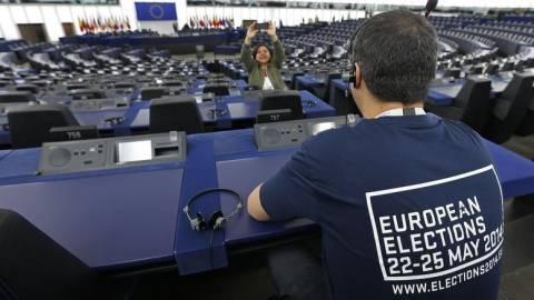 Ευρωεκλογές 2014: Πόσα ελληνικά κόμματα κατεβαίνουν στις ευρωεκλογές