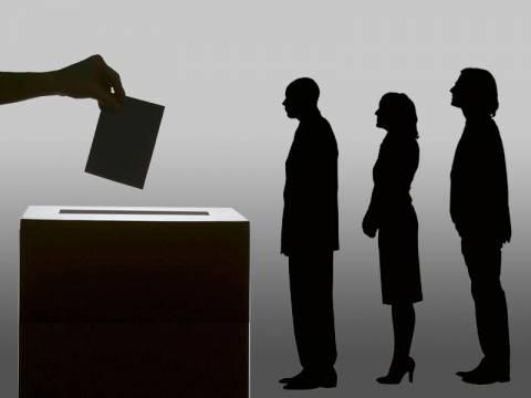 Ευρωεκλογές 2014 - Αποτελέσματα: Αναποφάσιστοι και αποχή κρίνουν το νικητή