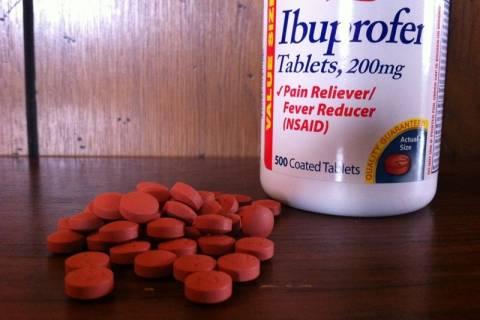 Βρετανία: Πήρε χάπι για τον πονόλαιμο και του έπεσε το δέρμα! (photos)