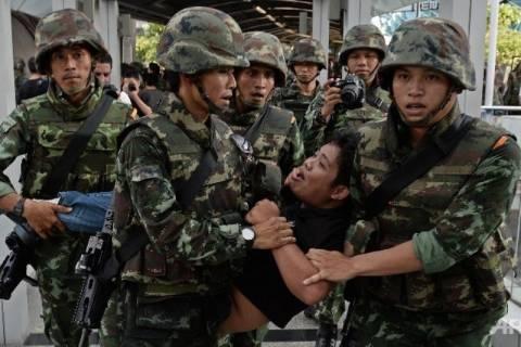 Ταϊλάνδη: Πάνω από 1.000 διαδηλωτές κατά του πραξικοπήματος