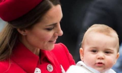 Νέες φήμες για δεύτερη εγκυμοσύνη της Kate Middleton - Τι πραγματικά συμβαίνει;