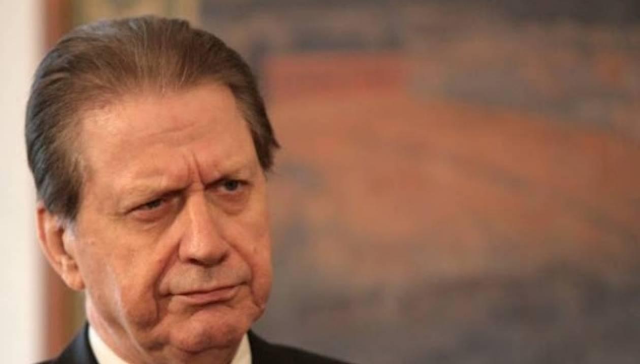 Ευρωεκλογές 2014: Καταγγελία Βύρωνα Πολύδωρα για έλλειψη ψηφοδελτίων