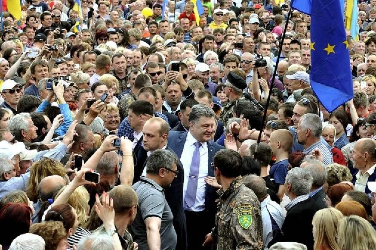 Χαιρετίζουν τη διεξαγωγή εκλογών στην Ουκρανία οι διεθνείς παρατηρητές