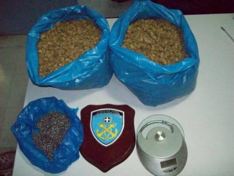 Συλλήψεις για κατοχή ναρκωτικών ουσιών και εκρηκτικών υλών στο Κατάκολο