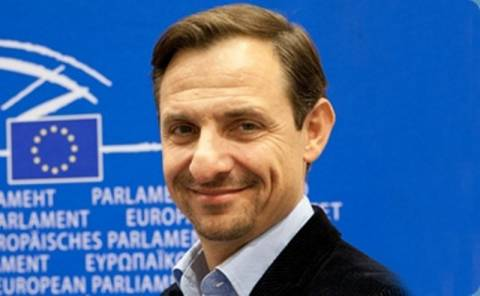 Χατζημαρκάκης: Πρόσκληση σε πολιτικές δυνάμεις για συνεργασία