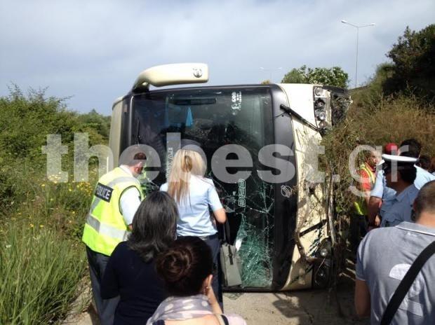 Ατύχημα με λεωφορείο του ΚΤΕΛ στην Πάτρα - Στους 21 οι τραυματίες (pics-vids)