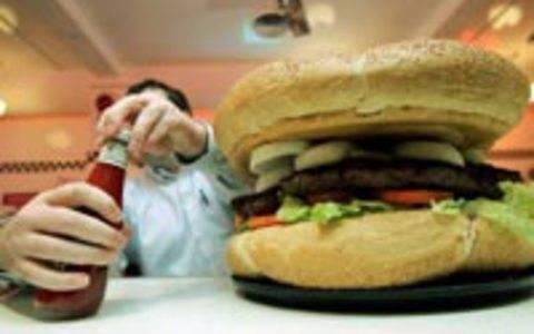 Υπέρβαροι ή παχύσαρκοι τουλάχιστον 2,1 δισεκατομμύρια άνθρωποι στον κόσμο