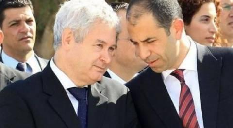Μαυρογιάννης-Οζερσάι συζητούν για περιουσιακό και Κυπριακό