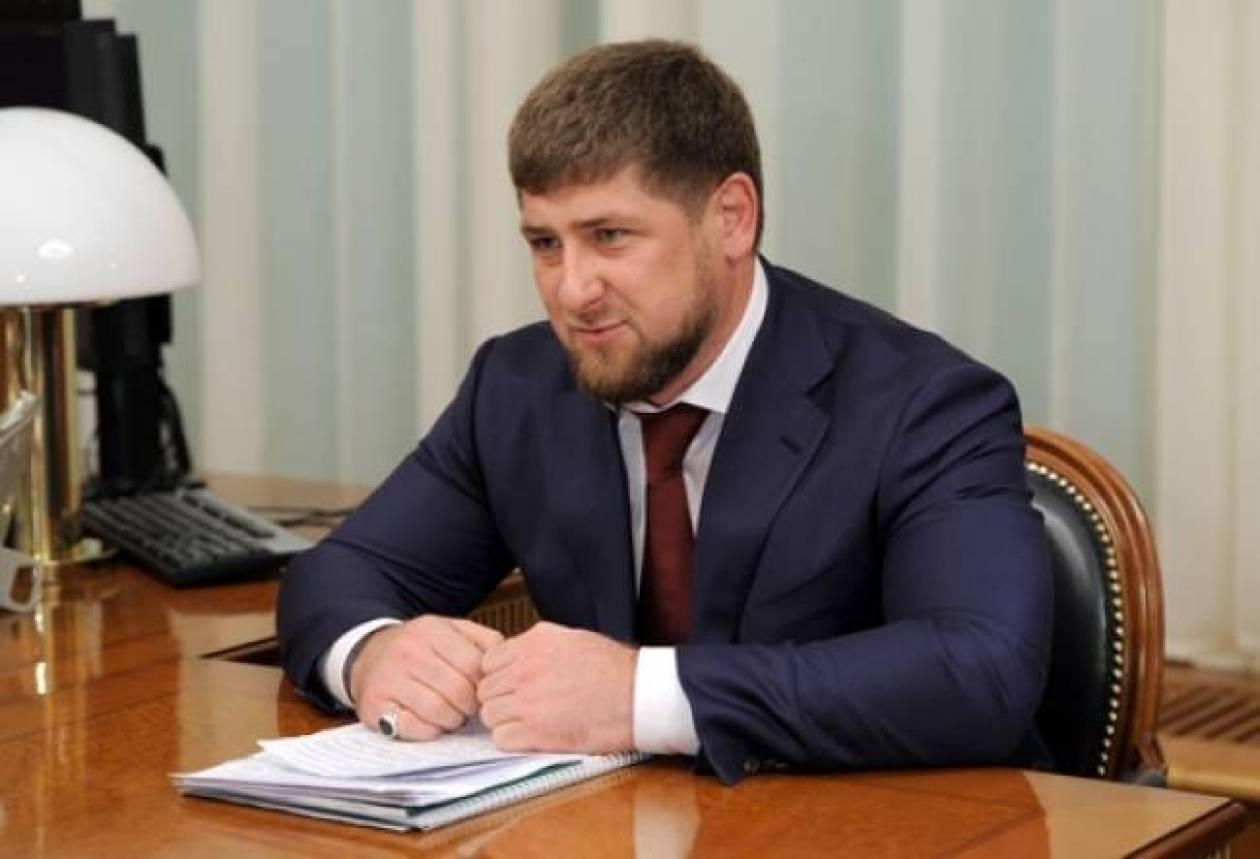 Ο ηγέτης της Τσετσενίας Καντίροφ αρνήθηκε ότι απέστειλε μαχητές