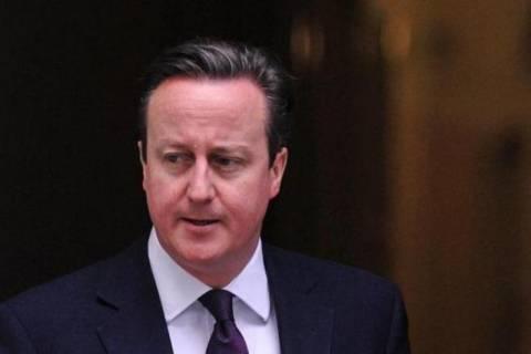 Κάμερον: Απείλησε με… Brexit αν εκλεγεί ο Γιούνκερ!