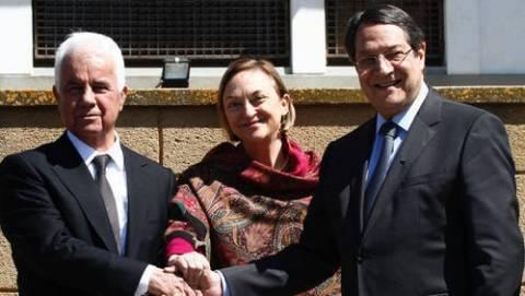 Ολοκληρώθηκε η συνάντηση Αναστασιάδη-Ερογλου