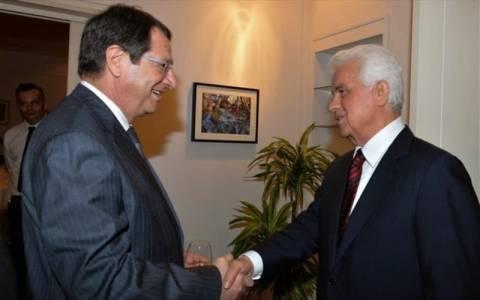 Κυπριακό: «Δύσκολη» η συνάντηση Αναστασιάδη – Έρογλου