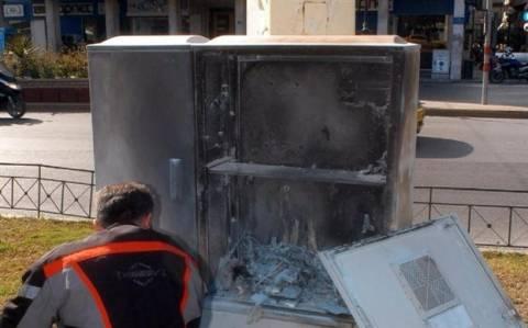 Πειραιάς: Έκρηξη εμπρηστικού εκρηκτικού μηχανισμού σε καφάο του ΟΤΕ