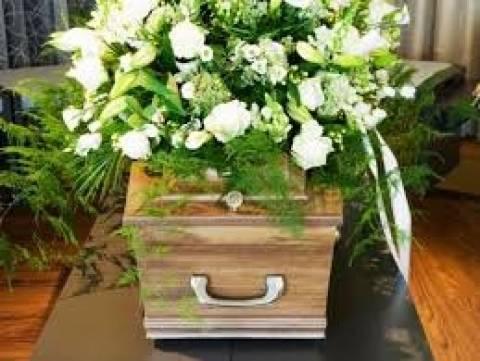 Φοροδιαφυγή...ακόμα και μέσω κηδειών!