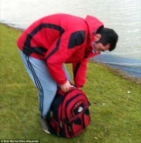 Τούρκος μετανάστης αποκεφάλισε... κύκνο για να τον φάει!