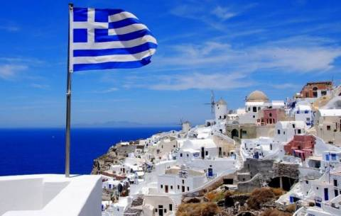"""Greece: the first """"last minute"""" choice for Austrian tourists."""