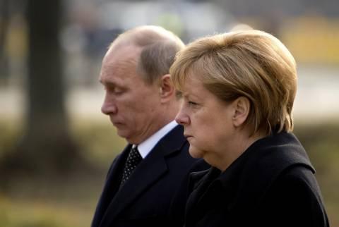 Συνάντηση Πούτιν - Μέρκελ στη Γαλλία