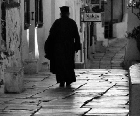 Θεσσαλονίκη: Βρέθηκε η ''κρυψώνα'' κλοπιμαίων του διαρρήκτη-ιερέα