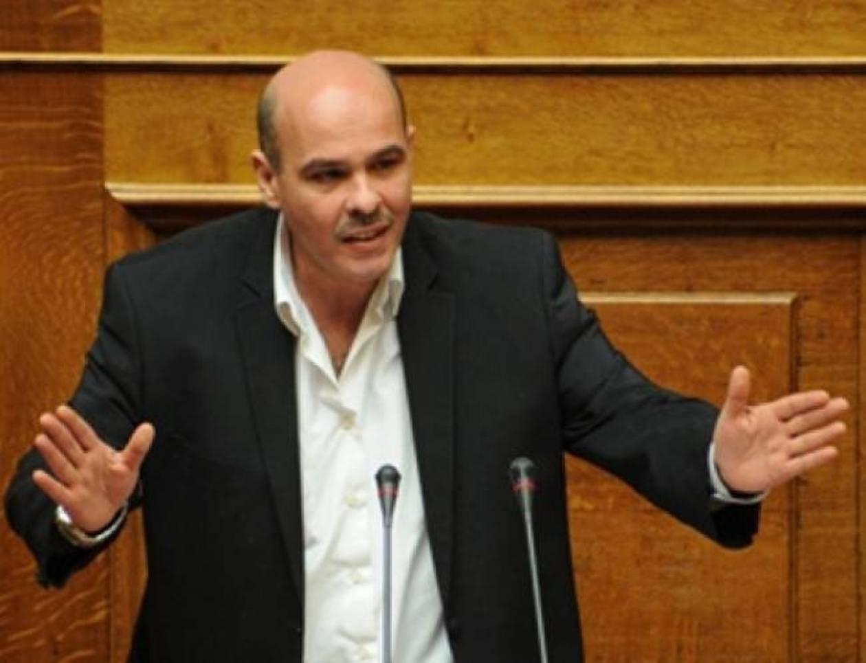 Μιχελογιαννάκης: Γιατί απέχει από τις άρσεις ασυλίας στη Βουλή