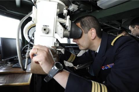 Французский фрегат следит за кораблями РФ в Крыму