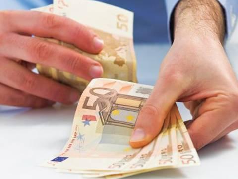 Μειώνονται οι εισφορές για 1,7 εκατομμύρια εργαζόμενους