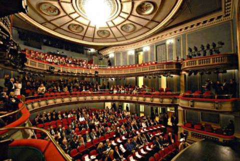 Greek National Opera offers free events for unemployed
