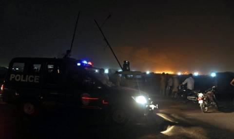 Πακιστάν: Το αεροδρόμιο στο Καράτσι πέρασε στα χέρια του στρατού
