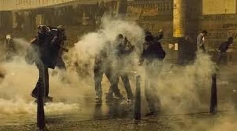 Βραζιλία: Η αστυνομία έκανε χρήση δακρυγόνων για να διαλύσει τους διαδηλωτές
