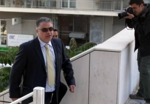Απολογείται ο βουλευτής της Χρυσής Αυγής, Νίκος Κούζηλος