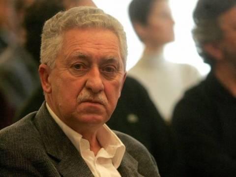 Ο Κουβέλης προκαλεί εκλογές