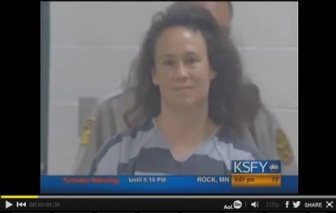 Σοκ: Γυναίκα κακοποίησε τρία ανήλικα αγόρια!
