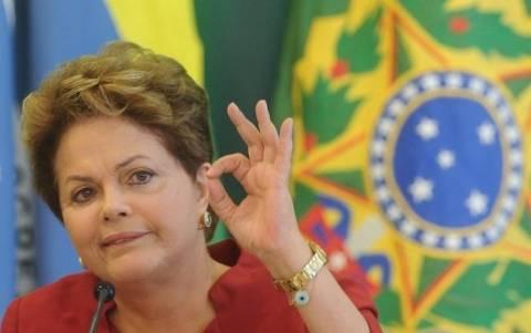 Βραζιλία: Μειώνεται η δημοτικότητα της προέδρου Ρούσεφ