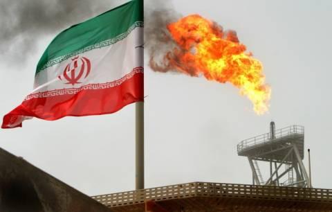 Έτοιμο να επιστρέψει στην πλήρη παραγωγή πετρελαίου το Ιράν