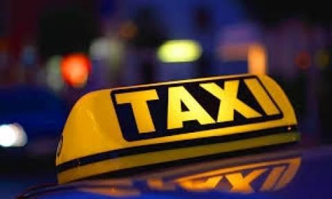 Οδηγοί ταξί διαμαρτύρονται κατά... εφαρμογών για κινητά!