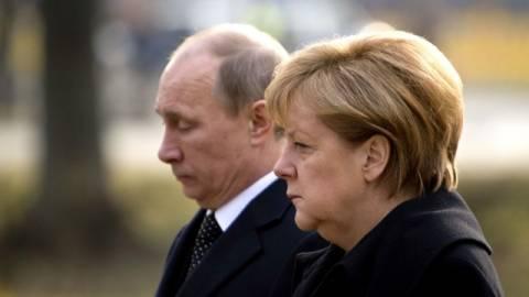 Путин и Меркель обсудили переговоры с Украиной по газу