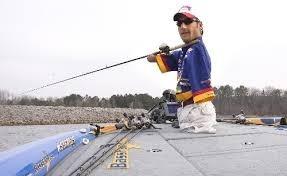 Δεν έχει ούτε χέρια ούτε πόδια αλλά είναι... ψαράς! (pics)