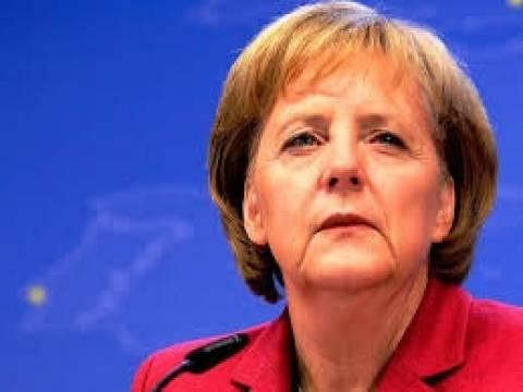 Οι περισσότεροι Γερμανοί συμφωνούν με τη Μέρκελ