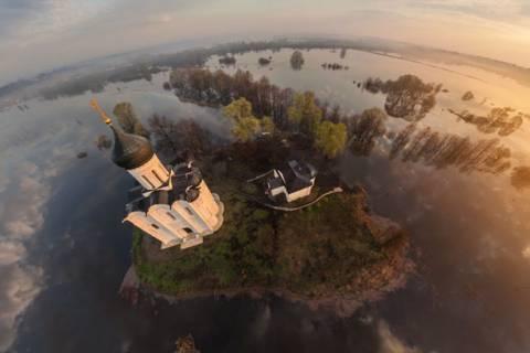 Εκκλησία της Μεσιτείας της Θεοτόκου: Μία από τις ομορφότερες Ρωσικές εκκλησίες