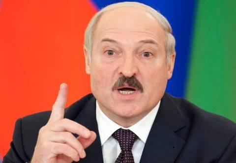 Лукашенко: Белоруссия была готова помочь Милошевичу самолетами и С-300