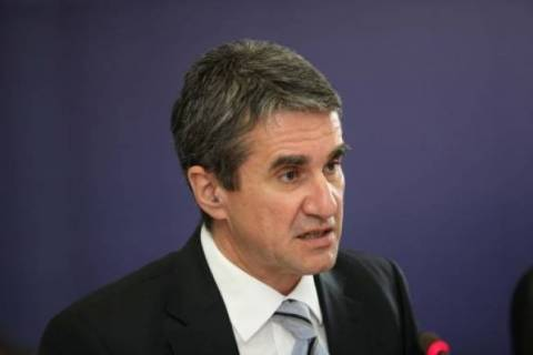 Neue Zürcher Zeitung: Ο Λοβέρδος πιθανός διάδοχος του Βενιζέλου