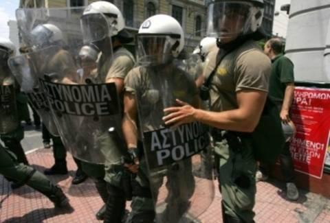 Η ΕΦΕ καταγγέλλει την αστυνομική βία
