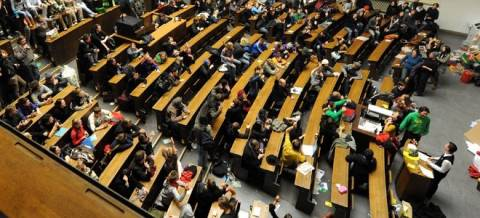 Αυξάνεται ο «πληθυσμός» των αιώνιων φοιτητών